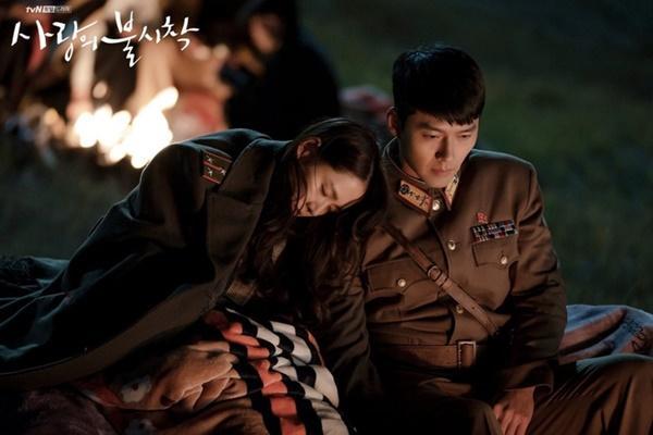 Hình ảnh ngọt ngào của Hyun Bin và Son Ye Jin trong 'Hạ cánh nơi anh-7