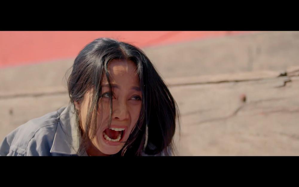 Chỉ mới tung teaser, Lật Mặt của Lý Hải gây ấn tượng với cảnh nhảy sập cả nhà-8
