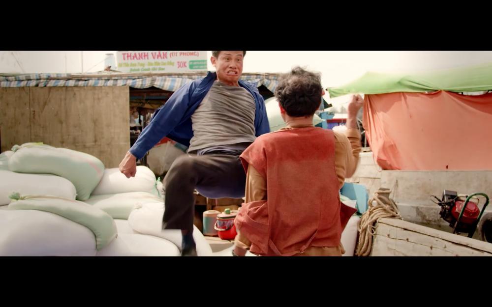 Chỉ mới tung teaser, Lật Mặt của Lý Hải gây ấn tượng với cảnh nhảy sập cả nhà-10