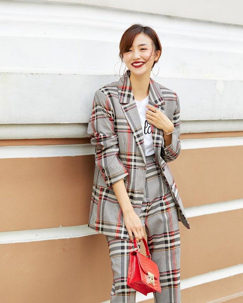 Hòa Minzy tự tin diện đầm bodycon ngắn cũn - Thúy Vi bắt nhịp xu hướng với váy tím pastel-6