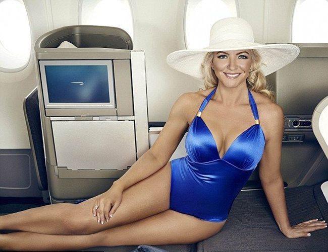 Người đẹp mặc bikini đi bay: Độc chiêu hút khách của các hãng hàng không-13