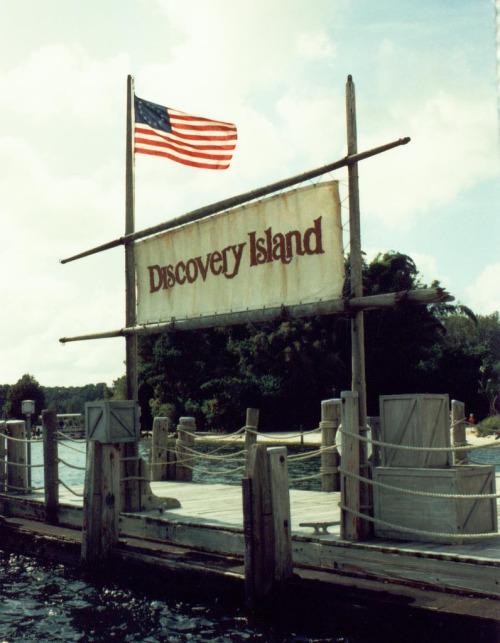 Bí ẩn phía sau công viên Disney duy nhất bị đóng cửa vĩnh viễn-7