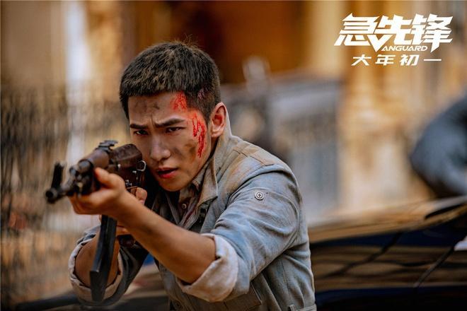 Cuộc chiến phim Tết giữa Thành Long với Vương Bảo Cường, Từ Tranh-5