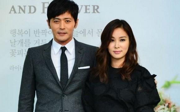 Một mình trở về Hàn sau chuyến du lịch Hawaii với vợ, Jang Dong Gun bị đồn trục trặc hôn nhân vì lùm xùm lộ tin nhắn săn gái-2