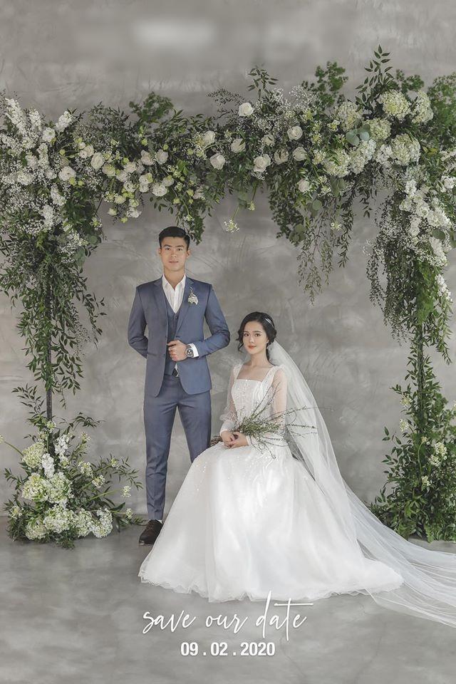 Sau diện mạo hơi dừ trong ngày ăn hỏi, fan hy vọng vợ tương lai Đỗ Duy Mạnh đổi phong cách trong ngày cưới-4