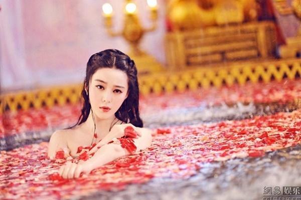 Top 10 cảnh nóng xứ Trung gây tranh cãi: Phạm Băng Băng bị chê phản cảm-10