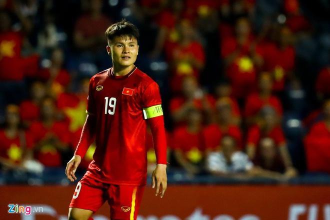 Văn Hậu chúc Quang Hải, Bùi Tiến Dũng chiến thắng U23 Triều Tiên-2
