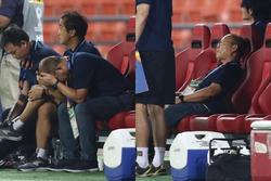 Phản ứng của thầy Park sau khi Bùi Tiến Dũng biếu không đối thủ bàn thắng