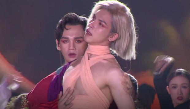 Dân mạng giúp Trung Quân thông não vì sao idol Kpop khoe thân được khen còn mình bị chê nát nước-3