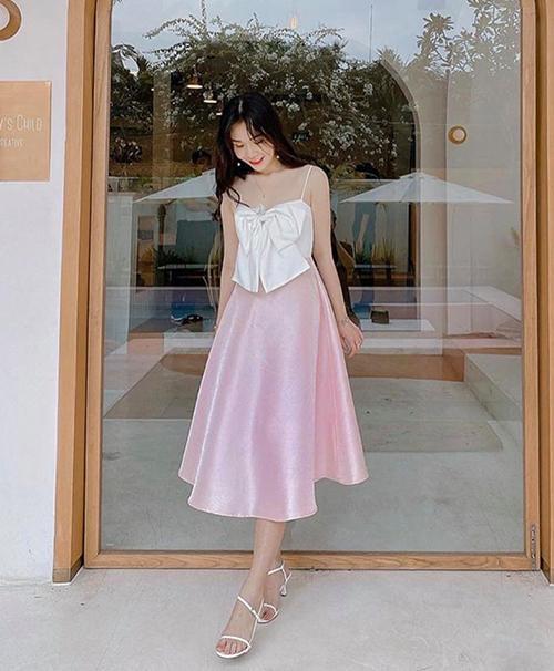 Jun Vũ, Thảo Tâm mặc áo nhái Jennie-8