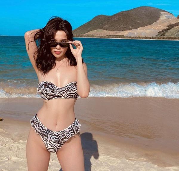 Không áo dài, Minh Tú - Sĩ Thanh - Hoàng Oanh rủ nhau đốt mắt fan với ảnh bikini-4