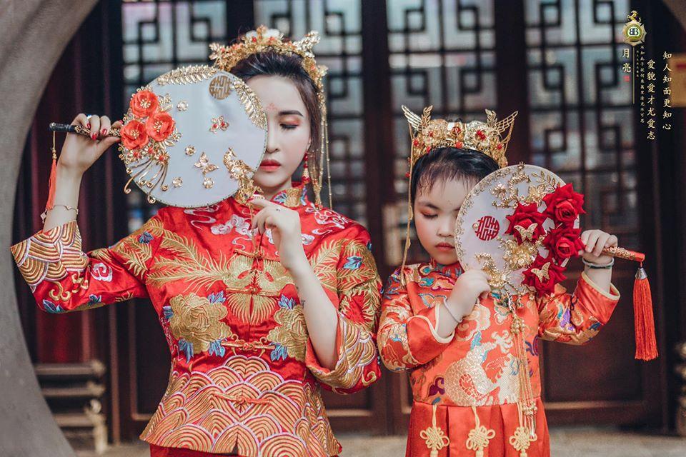 Vợ hai Minh Nhựa chơi lớn với bộ ảnh phong cách Trung Hoa đón Tết-2