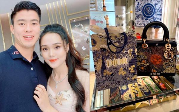 Bố vợ quyền lực tiết lộ điều bất ngờ về địa điểm tổ chức đám cưới của Đỗ Duy Mạnh và bạn gái hotgirl-6