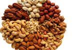 Cách chọn hạt dưa, hạt bí, hướng dương, hạt dẻ cực ngon cho Tết Canh Tý