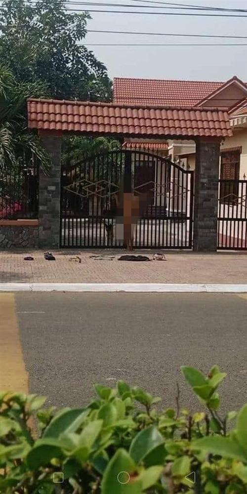 Người yêu bỏ đi lấy chồng, chàng trai Nam Định khỏa thân đứng trước cổng nhà ăn vạ-1