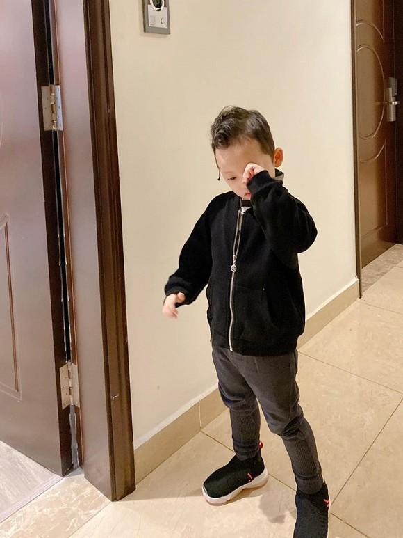 Khoe ảnh con trai, hotmom Ly Kute làm ai cũng ngạc nhiên với ngoại hình ngày một đổi khác của Khoai Tây-1