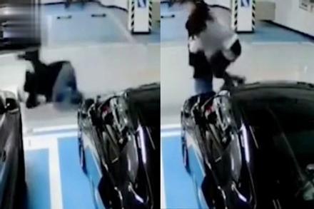 Cô gái nũng nịu đòi bạn trai cõng khiến cả hai ngã lộn cổ, sau khi xem đoạn video cư dân mạng không biết nên khóc hay nên cười