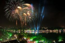 Những địa điểm xem pháo hoa nổi tiếng ở các nước đón Tết Nguyên đán