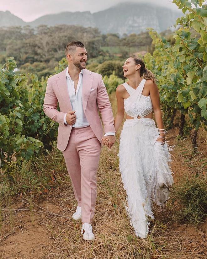 Hoa hậu Hoàn vũ 2017 kết hôn với tuyển thủ bóng chày-1