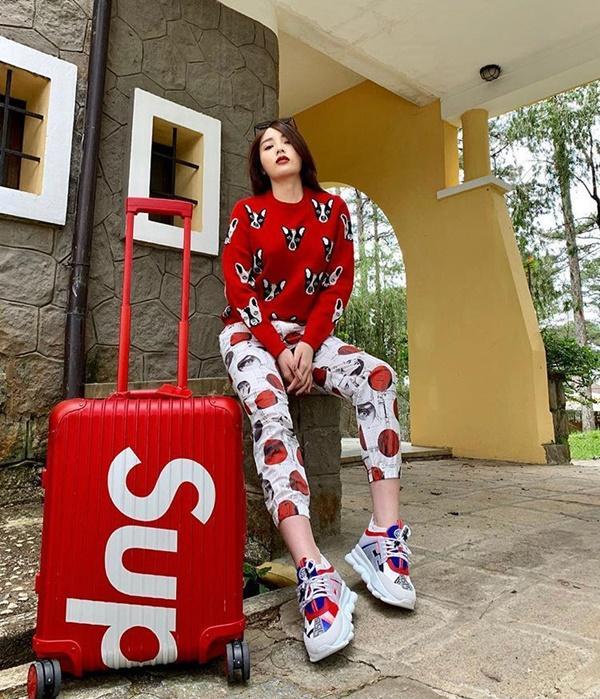 Năm mới lên đồ đỏ rực, đa phong cách như đôi tình nhân Kỳ Duyên - Minh Triệu-3