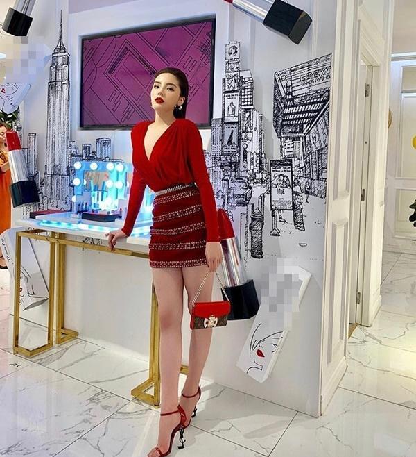 Năm mới lên đồ đỏ rực, đa phong cách như đôi tình nhân Kỳ Duyên - Minh Triệu-8
