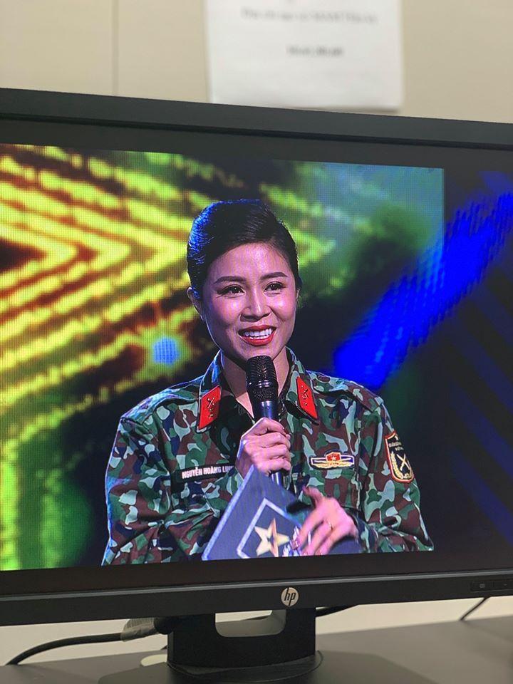 Khoe gương mặt nhàu nhất từ trước đến nay, MC Hoàng Linh nhận phản ứng bất ngờ-3