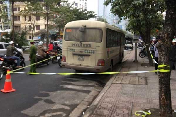 Hà Nội: Tài xế xe khách chết gục bất thường trên vô lăng-1