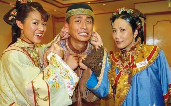Tết này cười thả ga với những bộ phim hài hước của TVB-8