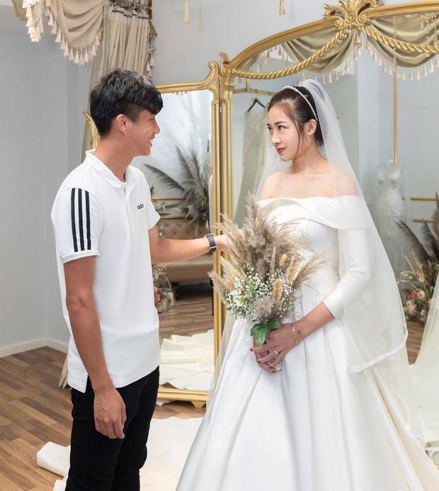 Hé lộ thêm loạt ảnh hậu trường Văn Đức đưa bạn gái xinh đẹp đi thử váy cưới-2