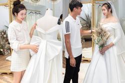Hé lộ thêm loạt ảnh hậu trường Văn Đức đưa bạn gái xinh đẹp đi thử váy cưới