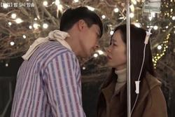 Hậu trường cảnh Hyun Bin và Son Ye Jin hôn nhau