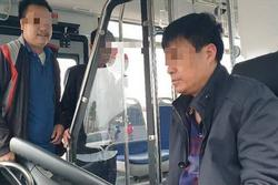 Tài xế xe buýt Hà Nội bị phạt 17 triệu do 'uống rượu từ hôm trước, nghĩ qua đêm không sao'