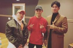 Chen (EXO) đồng loạt bị 'ném đá' khi quyết định tung ca khúc mới giữa 'bão' dư luận sau thông báo kết hôn sinh con