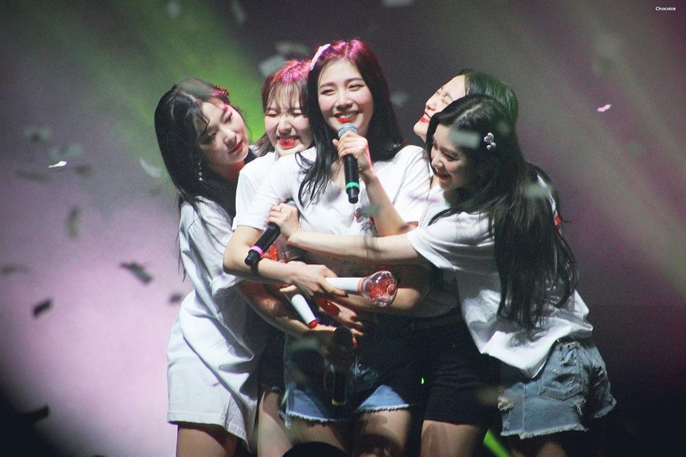 5 nhóm nhạc hàng đầu Kpop có khả năng toang trong năm 2020 vì lời nguyền đáng sợ-2
