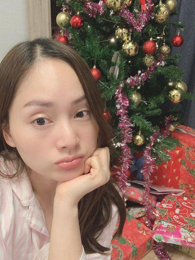 Mặt mộc đẹp không tì vết, nhưng mỹ nhân Việt vẫn mất điểm vì đôi mắt thâm đen-6