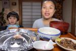 Cặp mẹ con Youtuber triệu view đón niềm vui bất ngờ ngày cận tết