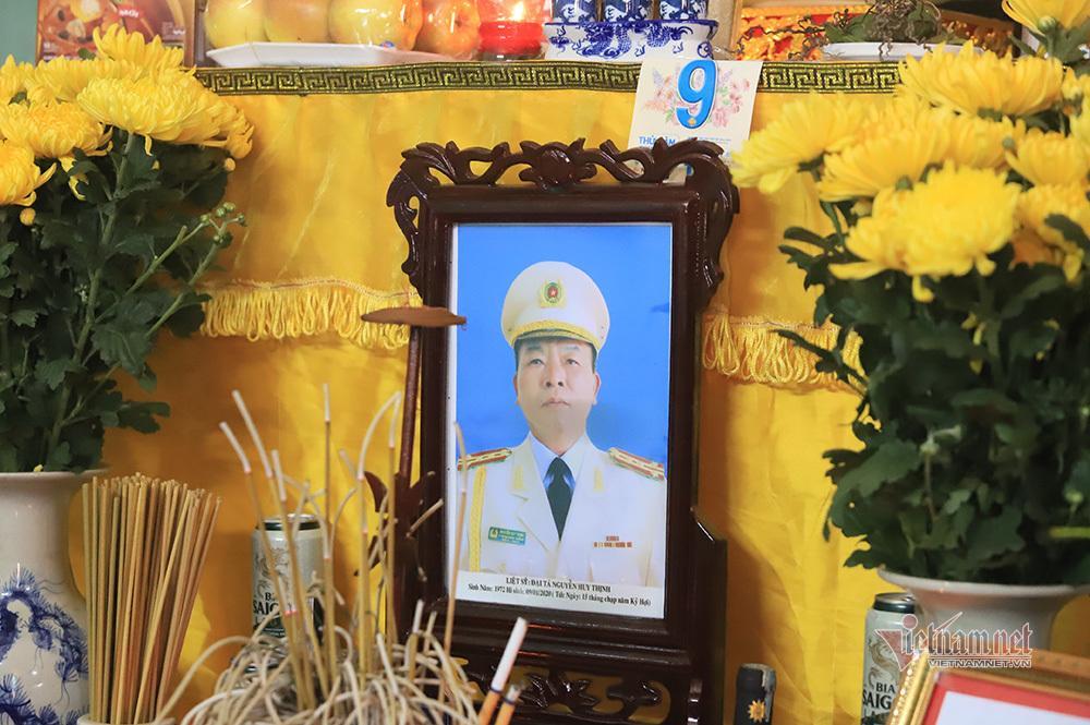 Chiều cuối năm nghẹn ngào ở gia đình Phó Trung đoàn trưởng hy sinh tại Đồng Tâm-7