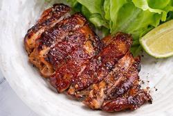 Công thức làm thịt gà ướp xì dầu chỉ với 15 phút