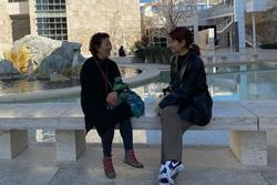 Park Shin Hye khoe ảnh bên mẹ trong ngày cuối năm