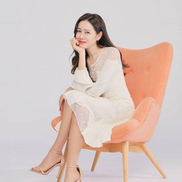 Đã đẹp xuất sắc lại hay thả thính bảo sao Son Ye Jin ở tuổi U40 vẫn hút fan đến vậy-2