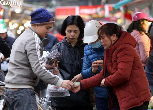Mục sở thị chợ nhà giàu ngày Tết đậm chất quê giữa trung tâm Hà Nội-7