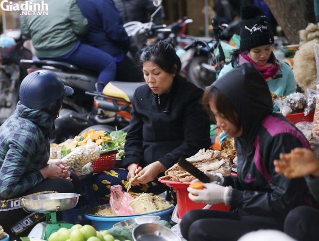 Mục sở thị chợ nhà giàu ngày Tết đậm chất quê giữa trung tâm Hà Nội-10