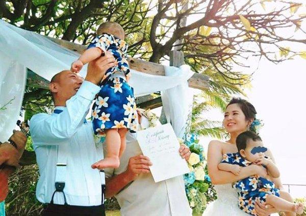 Nữ hoàng phim 18+ sau sinh 8 tháng mới giảm được cân, mặc váy cưới khoe dáng bên bãi biển-2