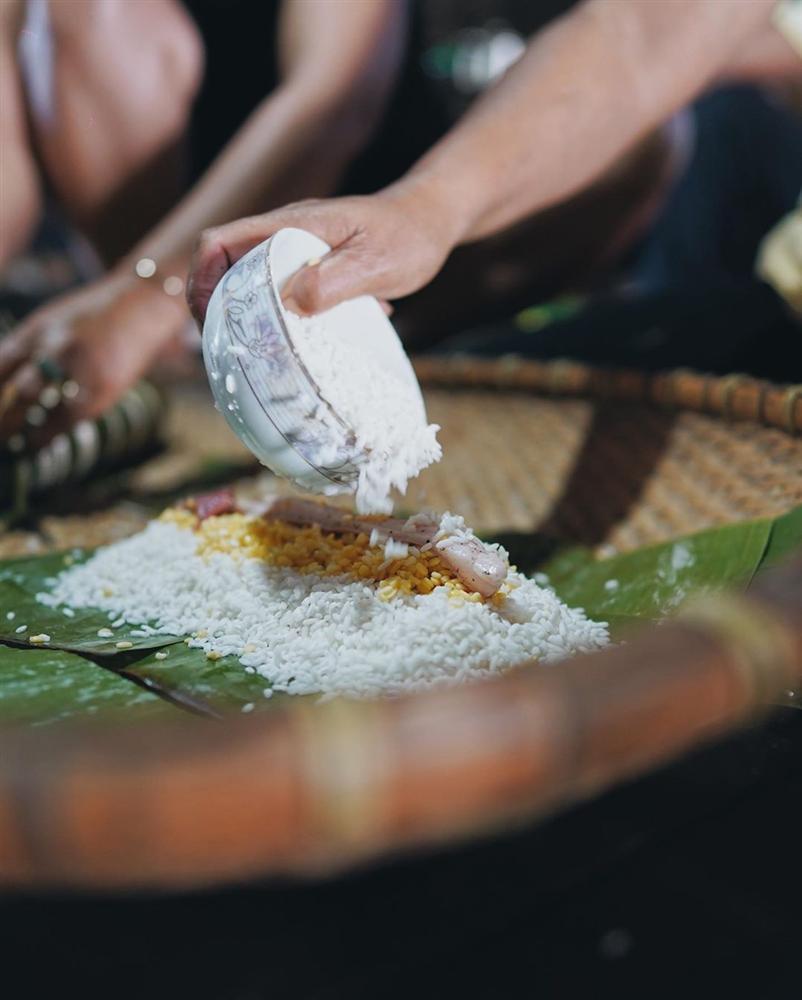 HHen Niê gói bánh tét ăn Tết, thành quả của hoa hậu khiến nhiều người phải bất ngờ-7