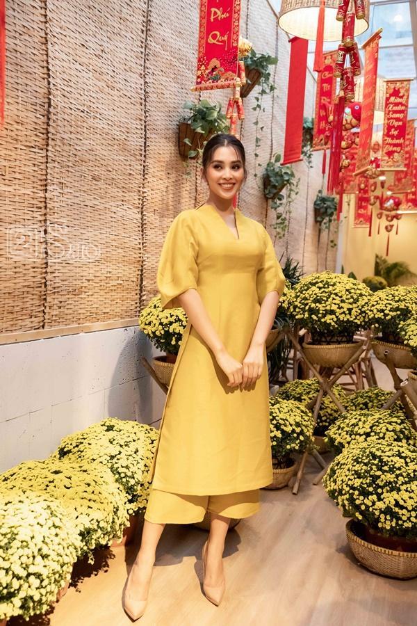 Hoa hậu Trần Tiểu Vy: Tôi từng bật khóc tranh cãi gay gắt với mẹ-6