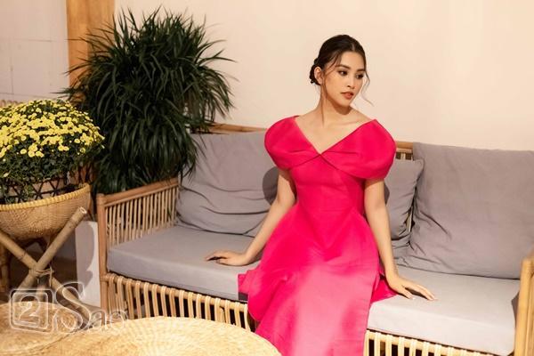 Hoa hậu Trần Tiểu Vy: Tôi từng bật khóc tranh cãi gay gắt với mẹ-9