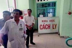 Khách Trung Quốc dọa chém bác sĩ vì con bị kiểm tra virus corona