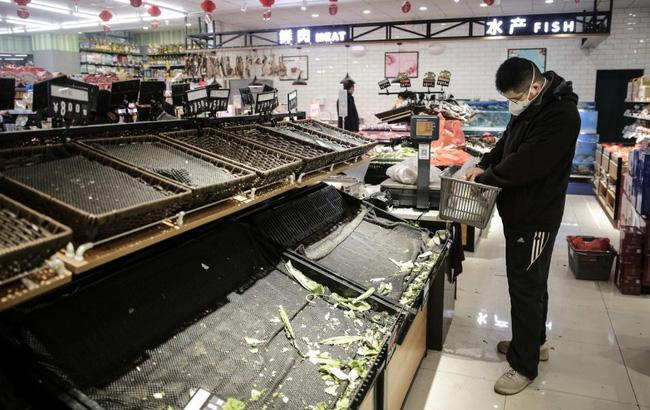 Bên trong Thành phố ma Vũ Hán: 11 triệu người bị cách ly hoàn toàn, lương thực cạn kiệt, gia đình ly tán, mọi người bàng hoàng lo sợ cầu cứu-7
