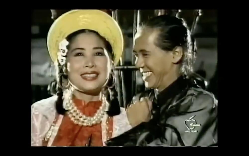 Tết Canh Tý 2020 nghe nhạc Xuân: Trai tài gái sắc Thành Lộc - Hồng Vân hát đã ngọt mà diễn còn tình như cái bình-1
