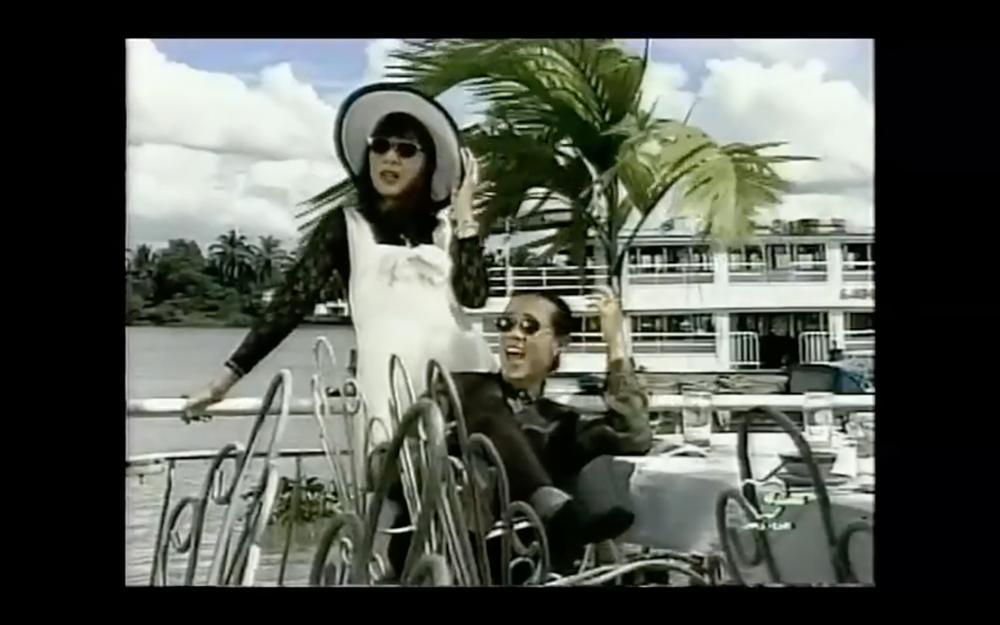 Tết Canh Tý 2020 nghe nhạc Xuân: Trai tài gái sắc Thành Lộc - Hồng Vân hát đã ngọt mà diễn còn tình như cái bình-2